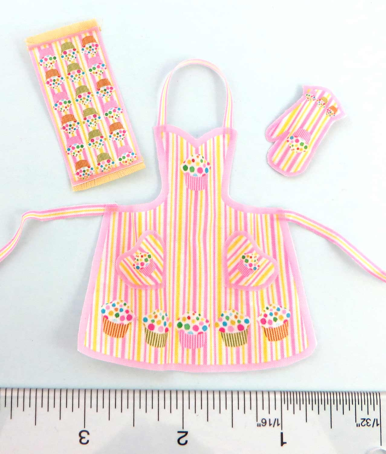 Household/Apron Outfit Kits Twelfth Scale Kits 1:12