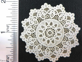 LL Centerpiece  Elaborate  Cluny Lace Style LL028