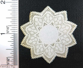 LL Centerpiece Star Shape Lace LL054