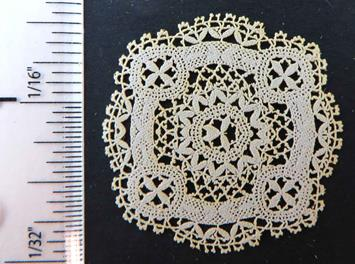 LL Centerpiece Cluny Lace Style LL089