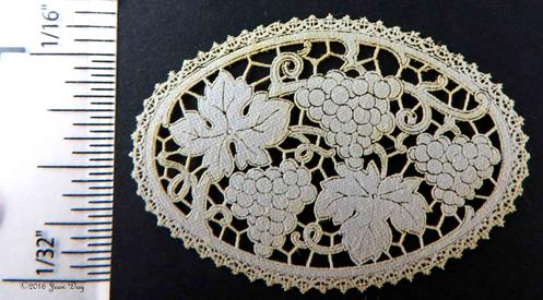LL Centerpiece French Grapes Cutwork Style LL097