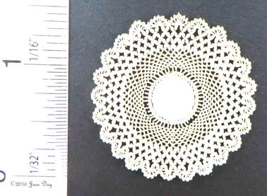 LL Centerpiece Doily Crochet Cluster Style LL112