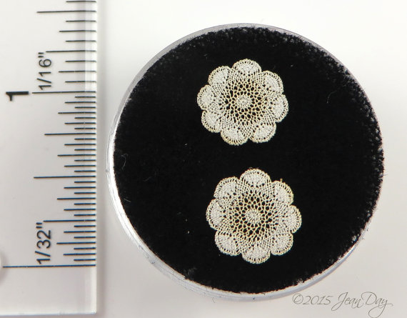 Laser Lace in Cotton Doilies Round; 1:48 LQ029